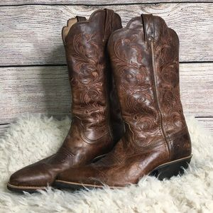 Cavenders Twisted X western brown leather boots